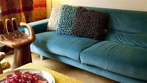 canape bleu offres exclusives sur westwing With tapis moderne avec canapé velours bleu canard