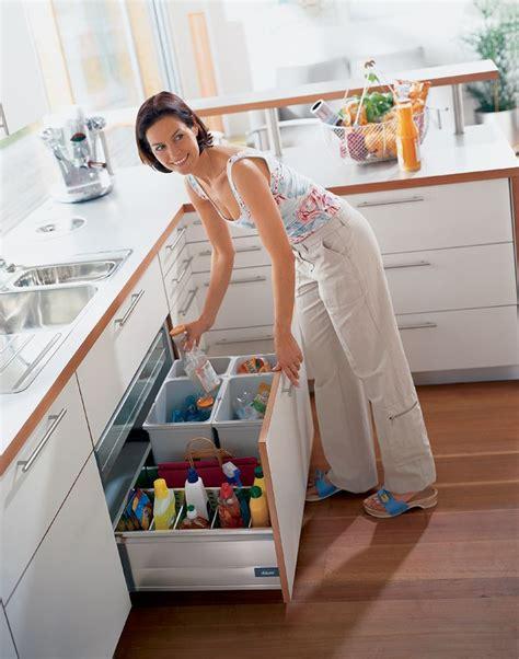 how to organize the kitchen cabinets best 25 sink bin ideas on diy storage 8776