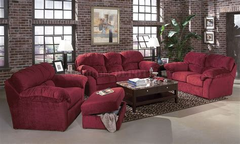 burgundy fabric transitional living room w sewn on arm pillows