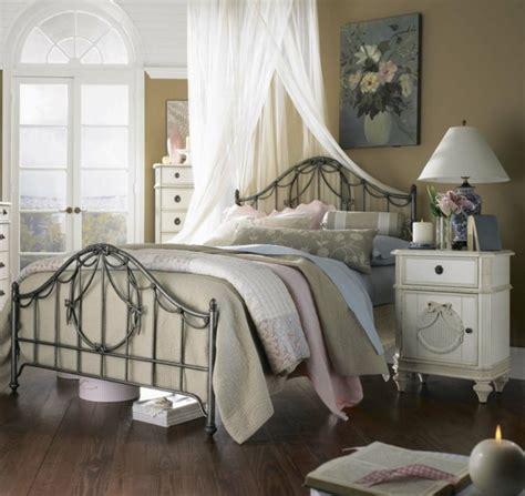 deko schlafzimmer ideen buchemöbel vintage einrichtung einrichtungsideen im retro stil