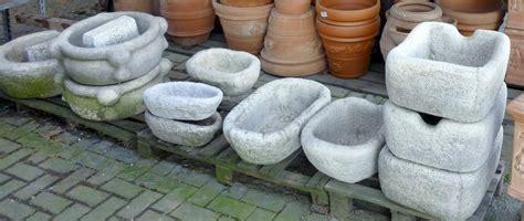 vasi in graniglia fioriere e vasi crear arredo esterni e giardino