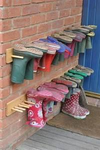 Schuhe Aufbewahren Ideen : holzauflage hacken f r schuhe benutzen basteln mit kindern pinterest schuhe kita und ~ Markanthonyermac.com Haus und Dekorationen