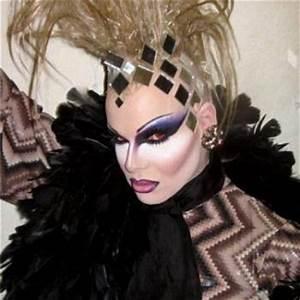 Famous Drag Queens | List of Top Female Impersonators