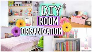 Diy room organization and storage ideas how to clean for Organizing living room family picture ideas