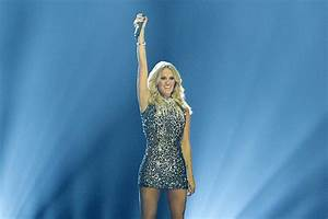 """Carrie Underwood's """"Church Bells"""" Ring Out at Number One ..."""