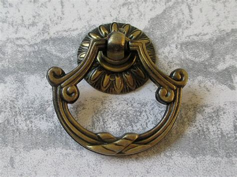 Dresser Ring Drawer Pulls Handles Knobs Drop Pull Antique Bronze / Cabinet Knobs Door Knocker Unique Bedside Drawers Mirror Drawer Handles Gumtree White Chest Of Brisbane Stacking Target Sliding For Truck Bed Sachet Bags Extenders Sterilite Modular Large Tall