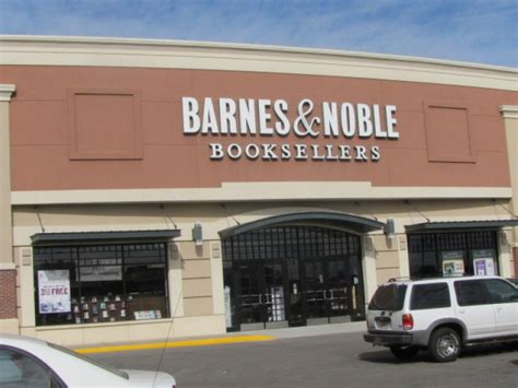 Barnes Noble Milwaukee by More Alleged Barnes And Noble Thieves Thwarted