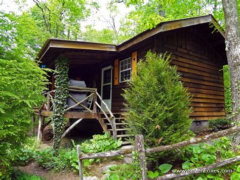 nc cabin rentals squirrel nest cabin rental cabins at seven foxes lake