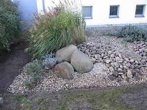 Beetgestaltung Mit Kies : vorgarten mit steinen vorgarten mit kies und steinen ~ Whattoseeinmadrid.com Haus und Dekorationen