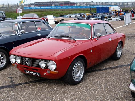 1973 Alfa Romeo 1973 alfa romeo 2000 information and photos momentcar