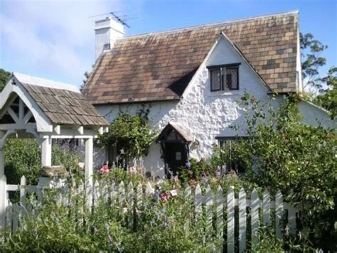 Storybook Cottage Like Rosehill Cottage In Movie, The Holiday