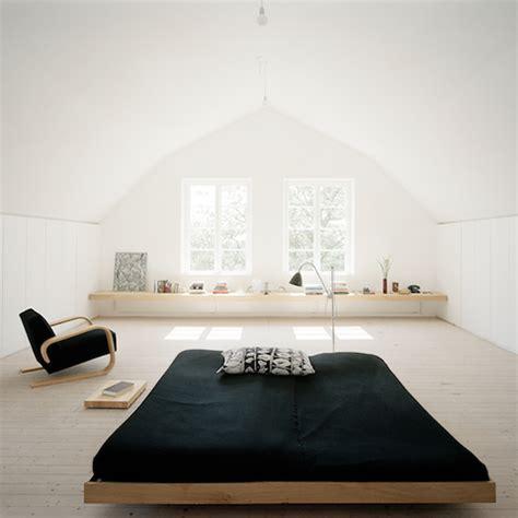 Minimalist Bedroom Decorations