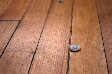 how to fix gap between fix hardwood floor gaps carpet review