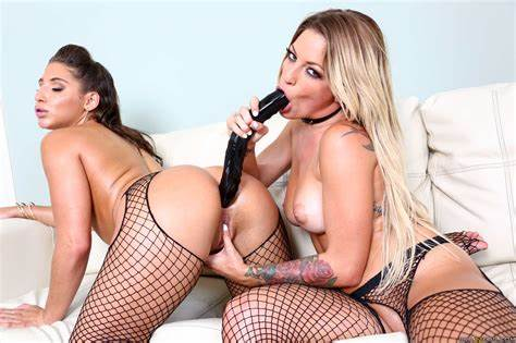Kissas Holes Is In Danger Abella Danger And Kissa Sins In Kissa'S Cooch Is