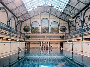 Pools In Berlin : dip into berlin 39 s beautiful public baths ~ Eleganceandgraceweddings.com Haus und Dekorationen