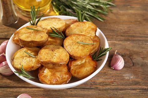 dzivei.eu - Kartupeļu diēta slaidākai pēcpusei un gurniem. Iesaka daktere Neimane - dzivei.eu