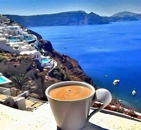 The chain offers over 62 different varieties of coffee. Good morning to all... Santorini island ....Greece ...