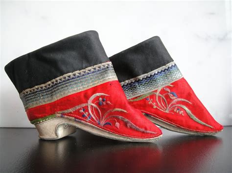 A Pair Of Lotus Shoes Foot Binding Still Occurs Today But