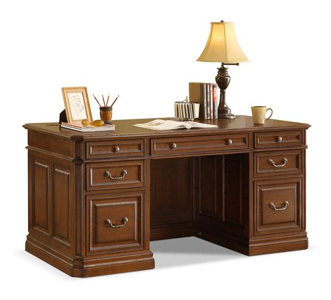 Furniture Cool Whalen  Ee  Desk Ee   With A Simple Profile And