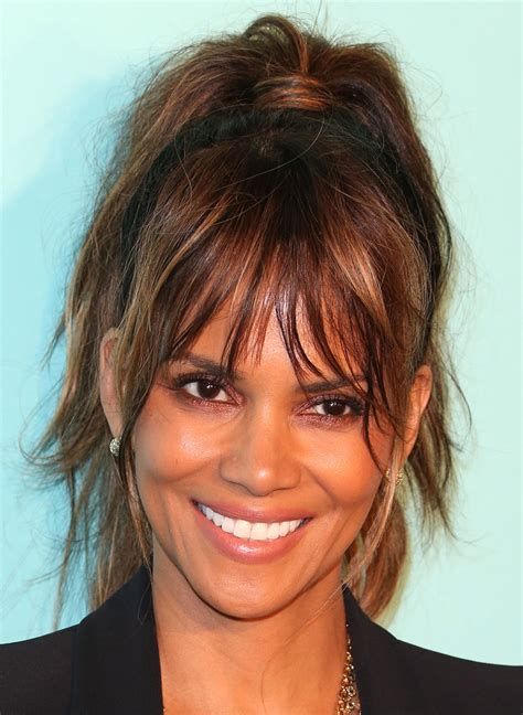 Halle Berry Loose Ponytail   Halle Berry Looks   StyleBistro