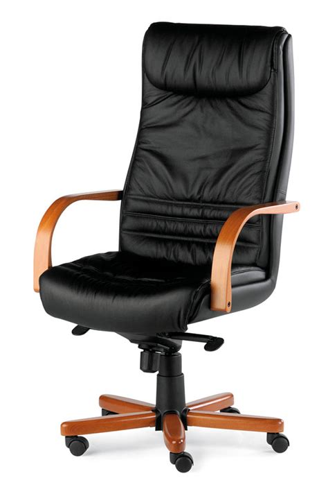 fauteuil de bureau en cuir fauteuil bois et cuir lyon fauteuil cuir et bois merisier
