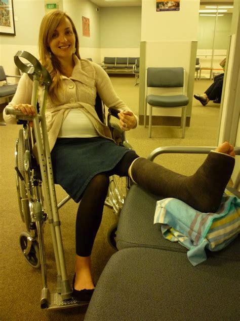 Pregnant Ladies In Leg Casts Big Tits Fat