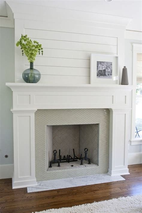 25+ Best Ideas About White Fireplace Mantels On Pinterest