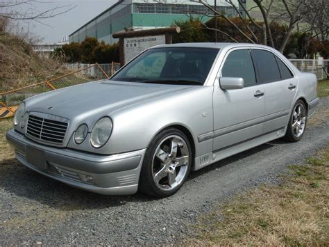 We're sorry, our experts haven't reviewed this car yet. Mercedes-Benz E320 Left Handle, 1996, used for sale