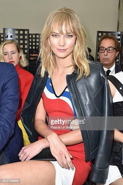 Karlie Kloss Stock Photos Pictures Getty Images