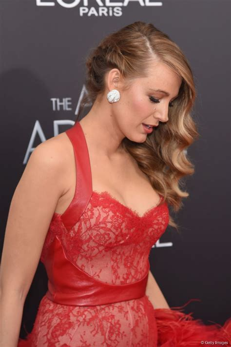Blake Lively hairspiration: glam waves for The Age of