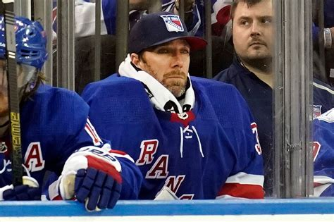 Henrik Lundqvist is itching to take back his Rangers throne
