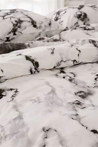 Housse De Couette Effet Marbre : housse de couette et taies d 39 oreillers imprim marbr home trends duvet sets marble print e ~ Melissatoandfro.com Idées de Décoration