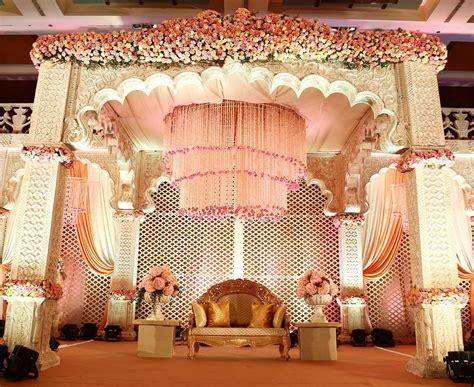 trending  gorgeous stage decor ideas   wedding