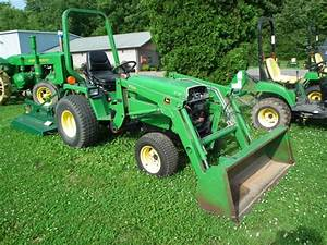 John Deere 855 Tractors - Compact  1-40hp