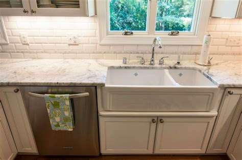 Baroque Moen Faucets In Kitchen Transitional With Double Two Dogs In A Bathtub Drone German How To Fix Clogged Toilet And Stopper Removal Fixing Faucet Leak Single Handle Remove Old Portable Nz Refinishing Paint
