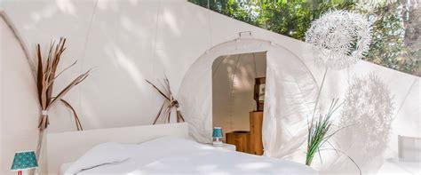 chambre bulle dans la nature cabanes et bulles en gironde pour une expérience insolite