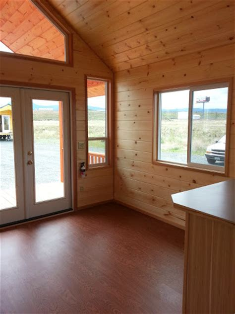 TINY HOUSE TOWN: Pacific Loft From Rich's Portable Cabins