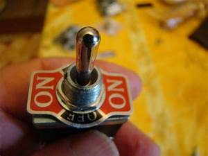 Interrupteur à Levier : bricoelec interrupteur a levier cmonsite ~ Dallasstarsshop.com Idées de Décoration
