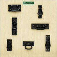 pictures of kitchen cabinets with knobs liberty kitchen cabinet hardware cabinets matttroy 9106