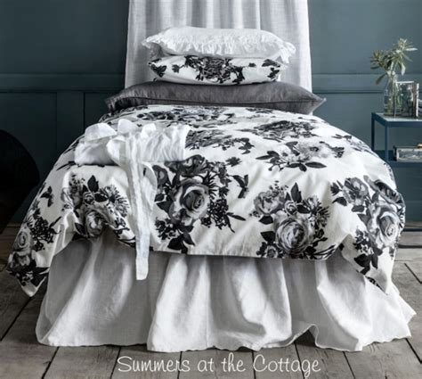 grey and white shabby chic bedding shabby new york chic soho loft urban flowers black gray