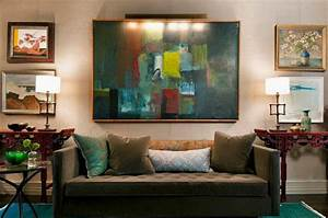 Extensive leisure vintage eclectic living room furniture for Applying the harmony to your living room paintings