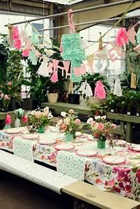 Décoration D Anniversaire : decoration de table anniversaire 30 ans femme ~ Dode.kayakingforconservation.com Idées de Décoration