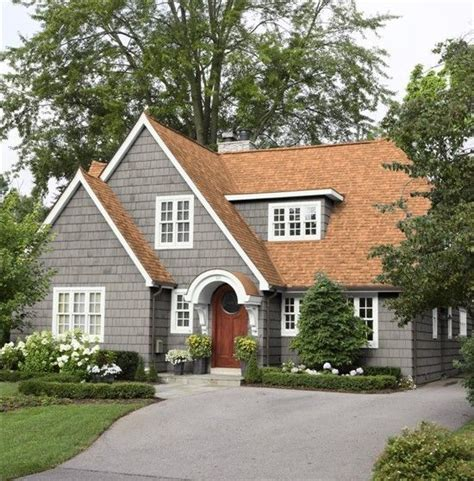 25 best ideas about brown roofs house colors exterior green brown roof houses