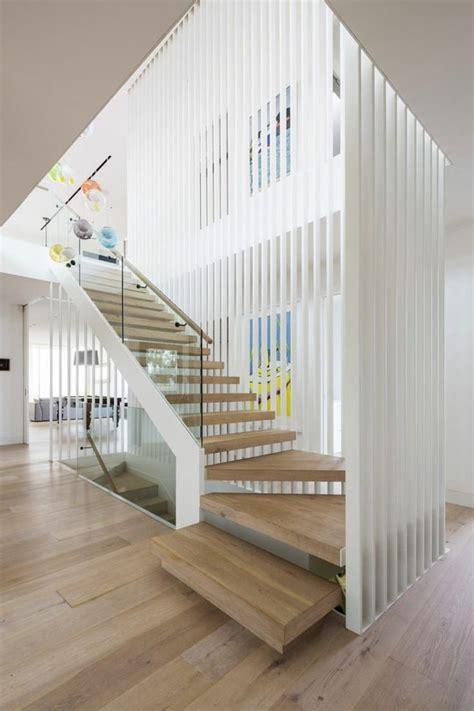 les 25 meilleures id 233 es de la cat 233 gorie escaliers modernes sur