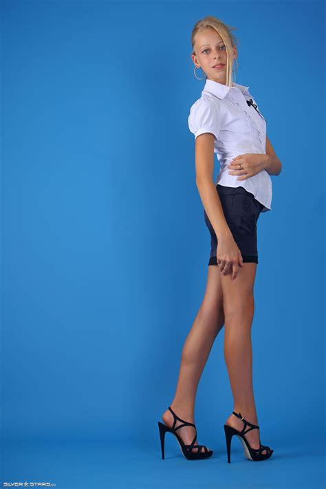 Newstar Cutie Vipergirls Facegrowl Hot Pic