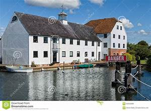 Luxury Apartments On The River Thames, England Stock Image ...
