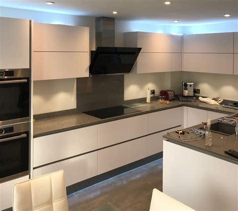 Diy German Kitchens Reviews True Handleless Kitchens