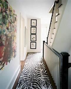le tapis zebre en 50 photos avec beaucoup d39idees With tapis couloir avec quel tissu pour recouvrir un canapé