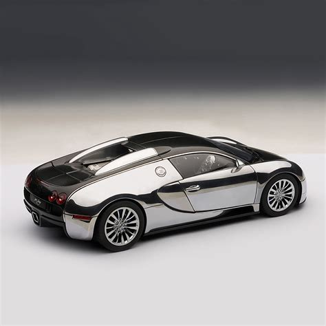 Over 1,000 hp, a top speed of. Bugatti EB Veyron 16.4 Pur Sang - Auto Art - Touch of Modern