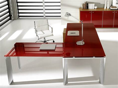 bureau verre angle pratiko bureau d 39 angle by ift design nikolas chachamis